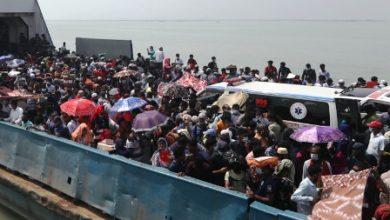 Photo of চলছে বিজিবির টহল, তবুও যাত্রী নিয়ে ছাড়লো ফেরি