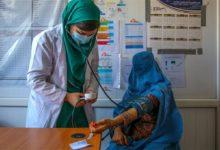 Photo of নারী স্বাস্থ্যকর্মীদের কাজে ফেরার আহ্বান তালেবানের